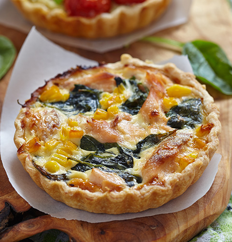 Pie with salmon and spinach